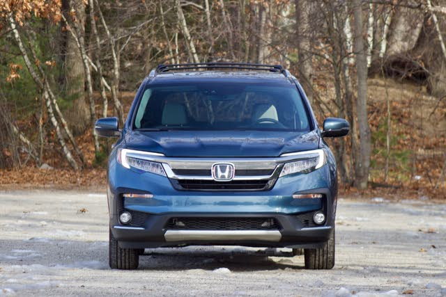 Front profile of the 2019 Honda Pilot, gallery_worthy