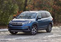 Front 3/4 of the 2019 Honda Pilot, exterior, gallery_worthy
