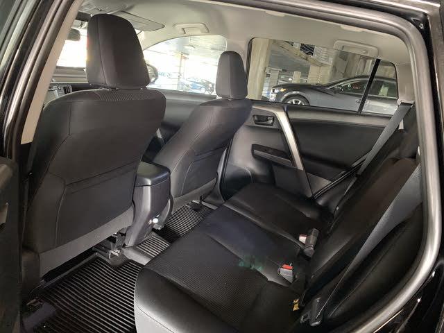 2018 Toyota Rav4 Interior Pictures Cargurus