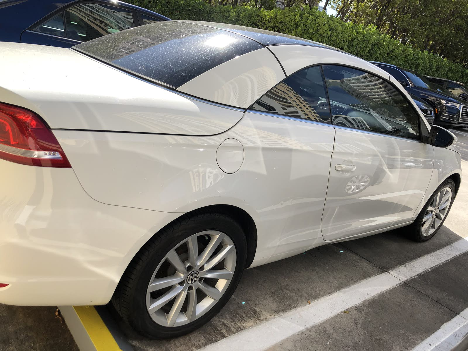 2013 vw eos trim levels