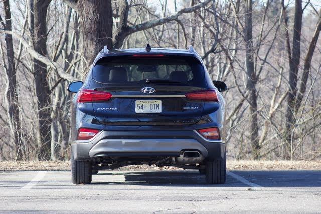 Rear profile of the 2019 Hyundai Santa Fe, exterior, gallery_worthy