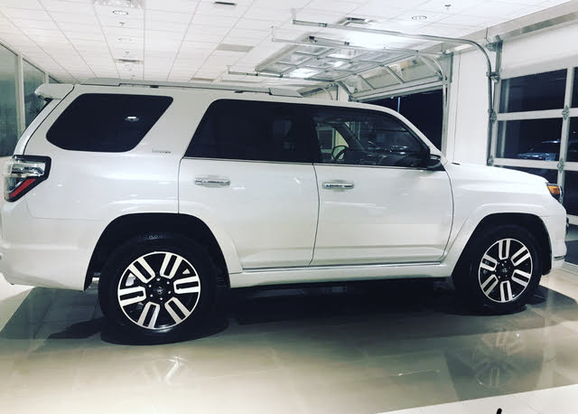 Picture of 2017 Toyota 4Runner Limited 4WD, exterior, gallery_worthy