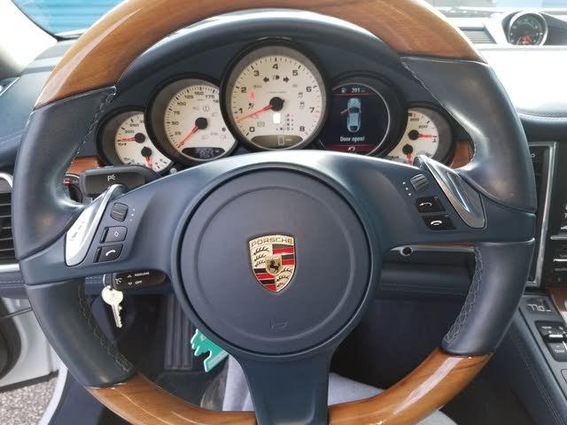 Picture of 2013 Porsche Panamera Platinum Edition, interior, gallery_worthy