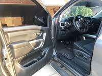 Picture of 2018 Nissan Titan SL Crew Cab RWD, interior, gallery_worthy
