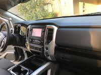 Picture of 2018 Nissan Titan SL Crew Cab RWD, interior, gallery_worthy