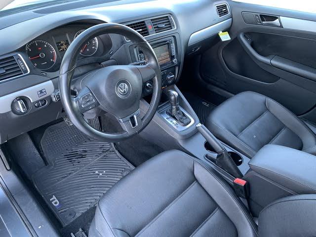 Picture of 2012 Volkswagen Jetta TDI Highline, interior, gallery_worthy