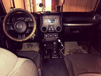 Picture of 2016 Jeep Wrangler Sport, interior, gallery_worthy
