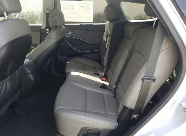 Picture of 2016 Hyundai Santa Fe SE FWD, interior, gallery_worthy