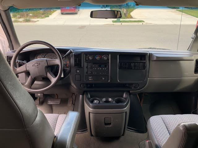 Picture of 2005 Chevrolet Express 3500 LS Extended RWD, interior, gallery_worthy