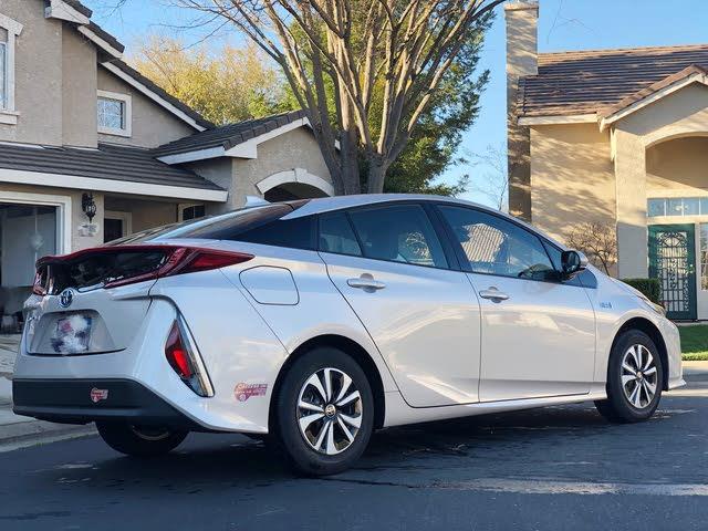 Foto de un 2018 Toyota Prius Prime Plus
