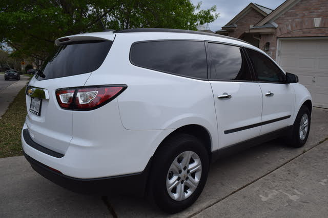 Picture of 2017 Chevrolet Traverse LS FWD
