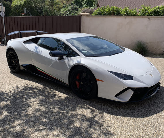 Picture of 2018 Lamborghini Huracan LP 640-4 Performante Coupe AWD