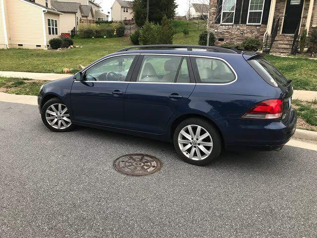 Picture of 2012 Volkswagen Jetta SportWagen TDI FWD with Sunroof and Navigation, exterior, gallery_worthy