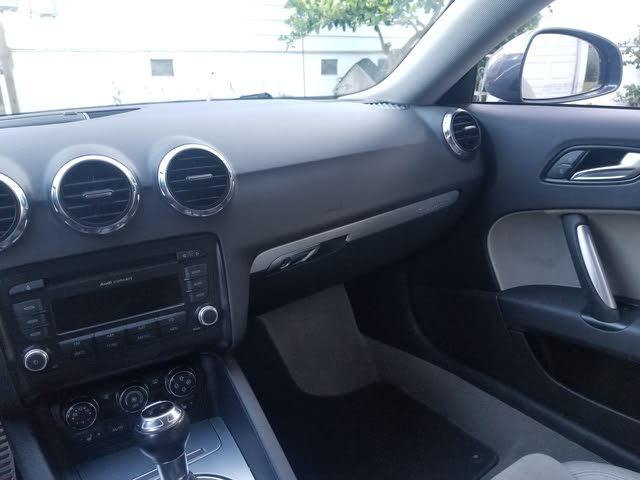 Picture of 2010 Audi TT 2.0T quattro Premium Coupe AWD, interior, gallery_worthy