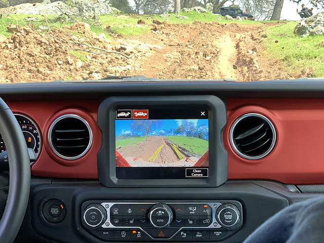 2020 Jeep Gladiator Rubicon Forward View Camera on Muddy Trail, interior, gallery_worthy