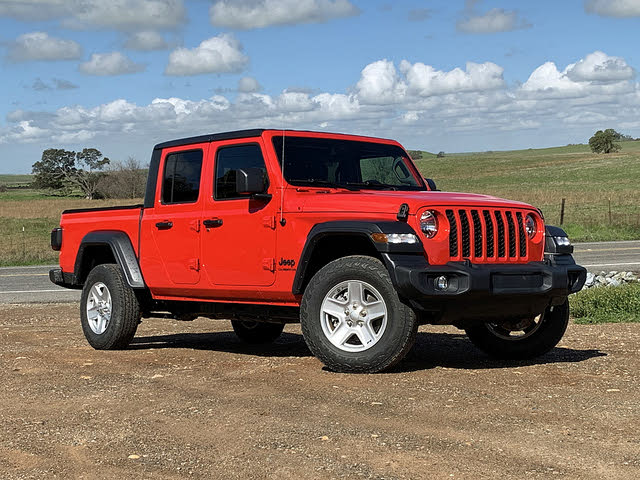 2020 Jeep Gladiator Sport S Red Front Quarter, exterior, gallery_worthy