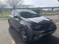 Picture of 2018 Toyota RAV4 LE, exterior, gallery_worthy