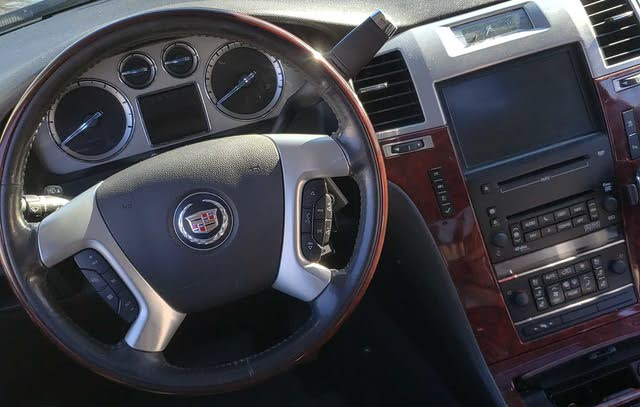 Picture of 2010 Cadillac Escalade Platinum 4WD, interior, gallery_worthy