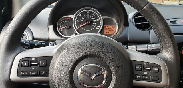 Picture of 2013 Mazda MAZDA2 Touring, interior, gallery_worthy
