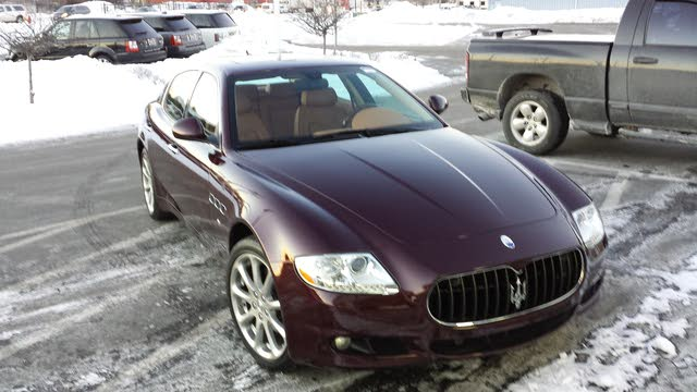 Picture of 2010 Maserati Quattroporte Base
