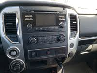Picture of 2017 Nissan Titan SV Crew Cab 4WD, interior, gallery_worthy