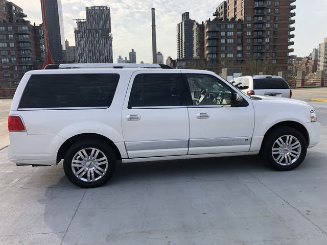 Picture of 2010 Lincoln Navigator L 4WD