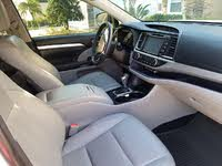 Picture of 2014 Toyota Highlander XLE AWD, interior, gallery_worthy