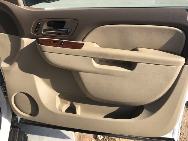 Picture of 2010 Chevrolet Suburban 1500 LT RWD, interior, gallery_worthy