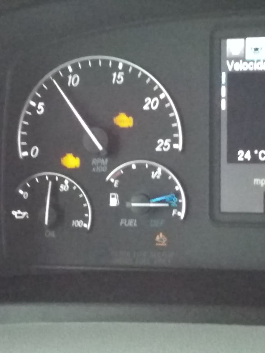 Freightliner Questions - Check engine and engine protect light comes