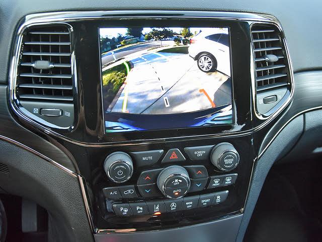 2019 Jeep Grand Cherokee Trackhawk 4WD, 2019 Jeep Grand Cherokee Limited X Reversing Camera Screen, interior, gallery_worthy