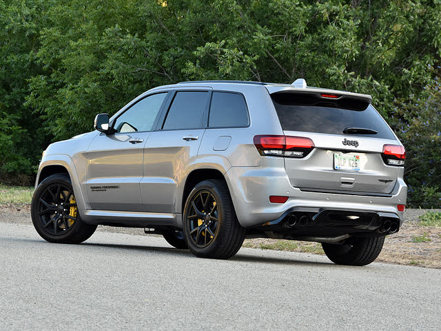 2019 Jeep Grand Cherokee Trackhawk 4WD, 2019 Jeep Grand Cherokee Trackhawk in Silver, exterior, gallery_worthy
