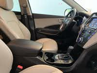 Picture of 2018 Hyundai Santa Fe SE FWD, interior, gallery_worthy