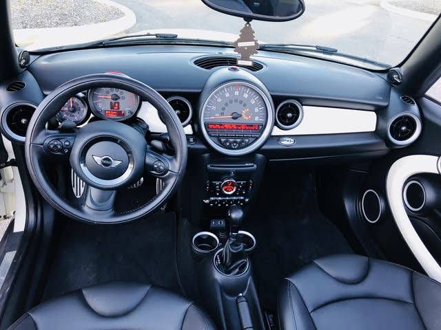 Picture of 2015 MINI Cooper S Convertible FWD, interior, gallery_worthy