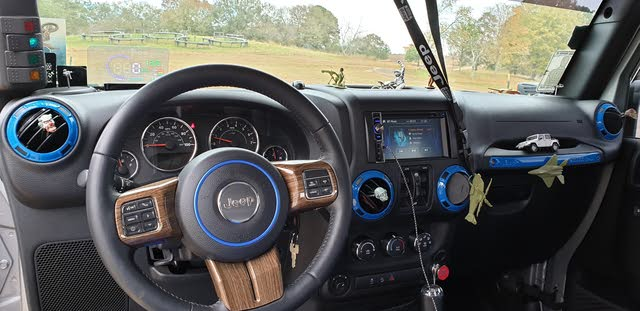 Picture of 2016 Jeep Wrangler Unlimited Sport S 4WD, interior, gallery_worthy