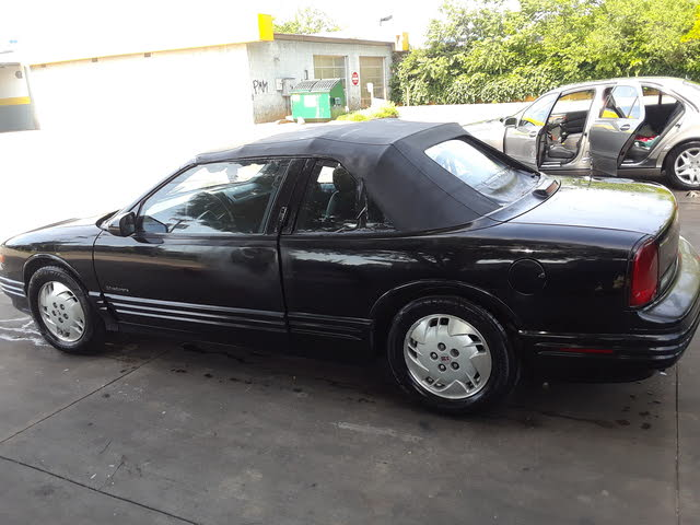 Picture of 1993 Oldsmobile Cutlass Supreme 2 Dr STD Convertible