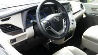 Picture of 2018 Toyota Sienna XLE 7-Passenger FWD with  Auto-Access Seat, interior, gallery_worthy