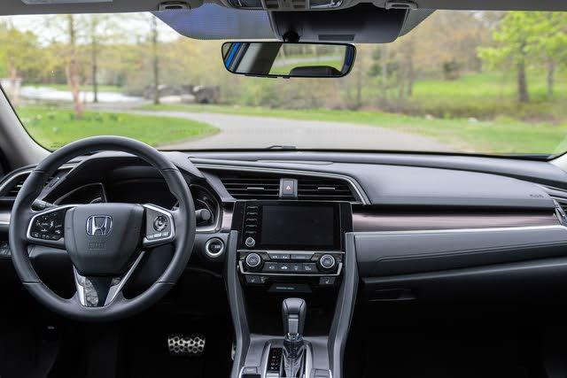 2019 Honda Civic Touring FWD, (c) Clifford Atiyeh for CarGurus, interior, gallery_worthy