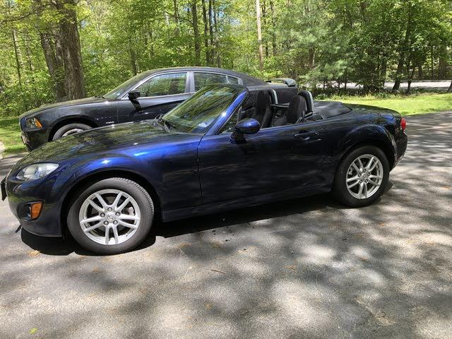 Picture of 2011 Mazda MX-5 Miata Sport