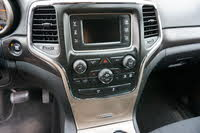 Picture of 2015 Jeep Grand Cherokee Laredo 4WD, interior, gallery_worthy