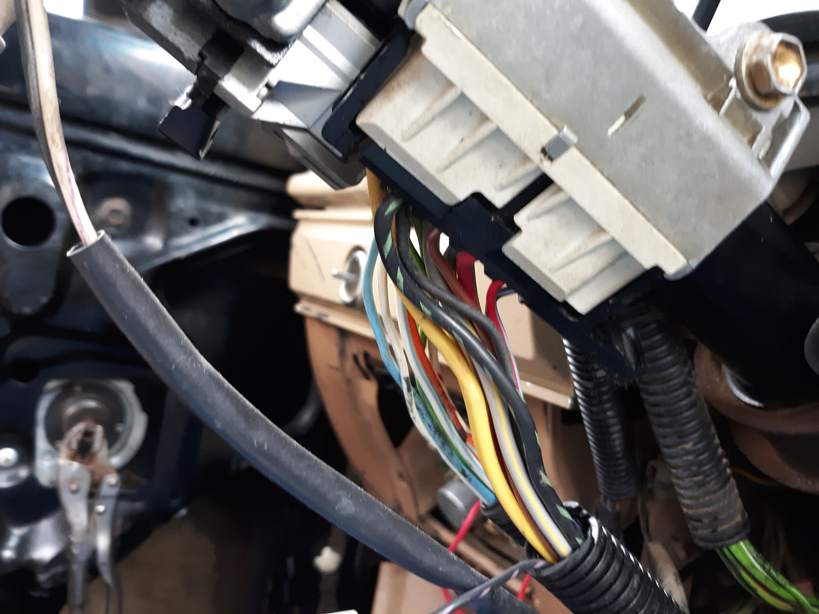 Ford Ranger Questions - Wiring harness - CarGurus on ford fuel pump wiring diagram, triton snowmobile trailer wiring diagram, msd distributor wiring diagram, 1980 toyota pickup wiring diagram, 96 mustang radio wiring diagram,