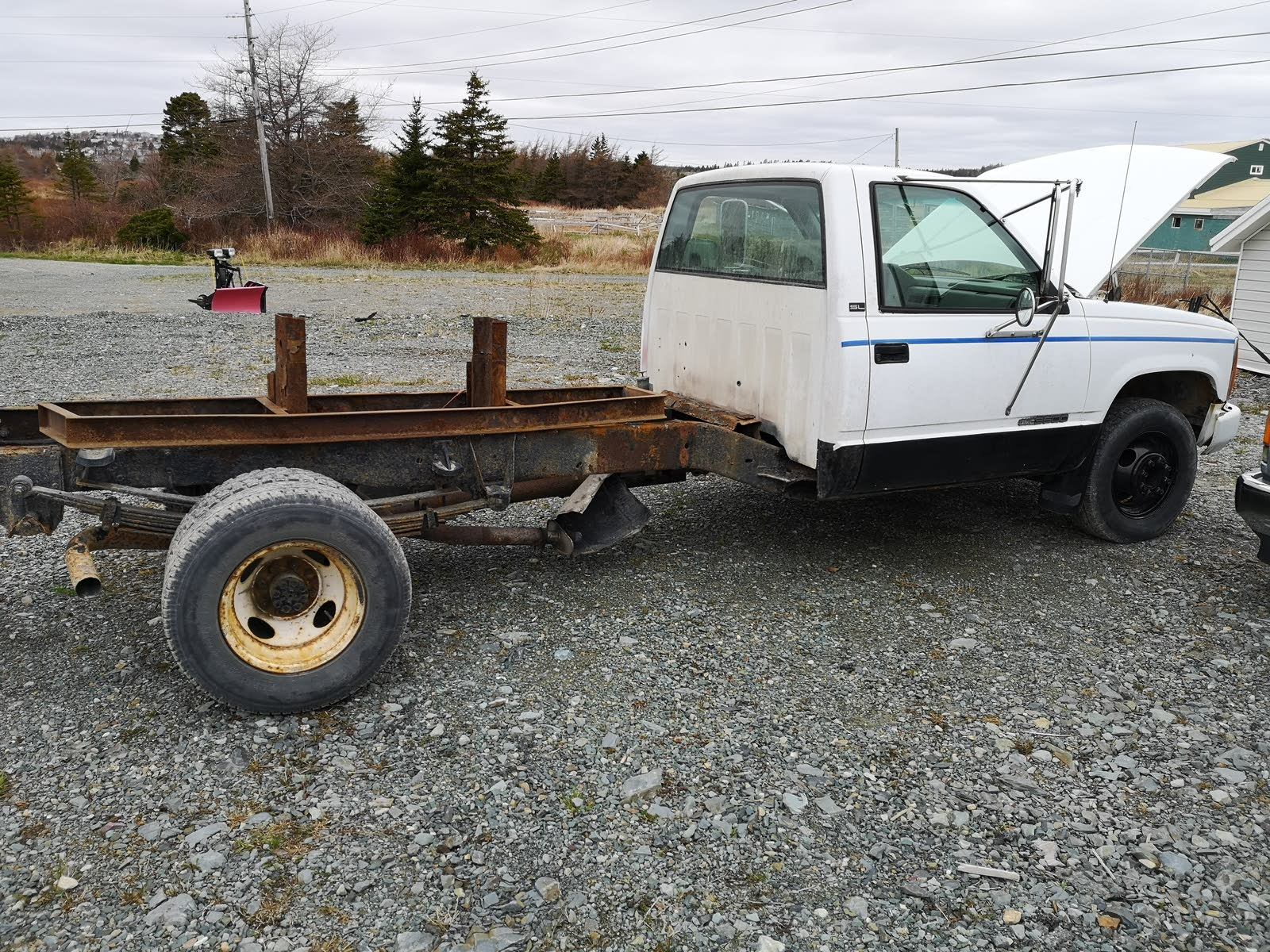 Chevrolet C/K 1500 Questions - will a 454 fit and buckle up to a