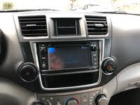 Picture of 2013 Toyota Highlander Base V6, interior, gallery_worthy