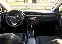 Picture of 2017 Toyota Corolla SE, interior, gallery_worthy