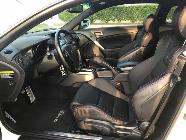 Picture of 2016 Hyundai Genesis Coupe 3.8 R-Spec RWD, interior, gallery_worthy