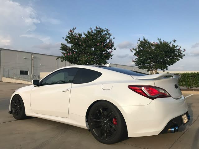 Picture of 2016 Hyundai Genesis Coupe 3.8 R-Spec RWD, exterior, gallery_worthy