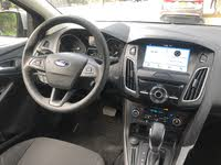 Picture of 2018 Ford Focus SEL Hatchback, interior, gallery_worthy
