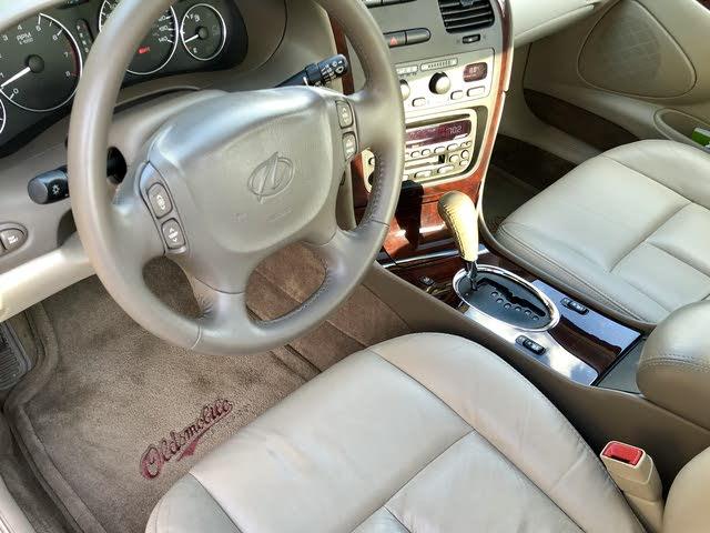 2003 oldsmobile aurora interior pictures cargurus 2003 oldsmobile aurora interior