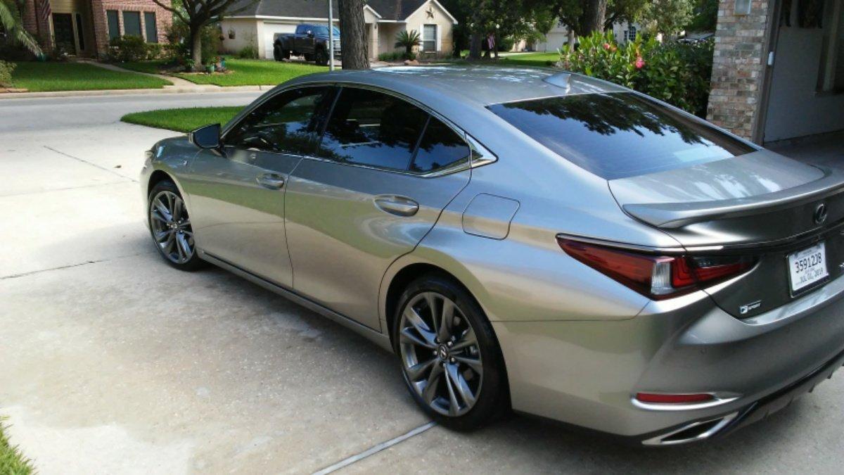 Lexus ES 350 Questions - Door will not lock from door handle