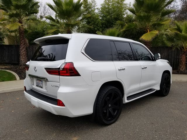 Picture of 2017 Lexus LX 570 4WD