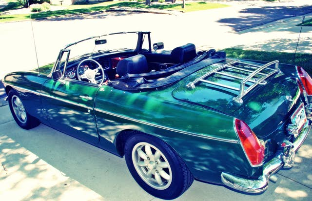 Picture of 1976 MG MGB Roadster